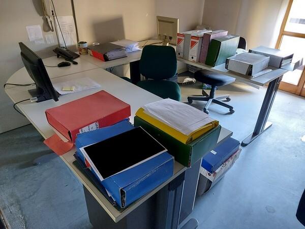 10#5611 Arredi e attrezzature elettroniche da ufficio in vendita - foto 39