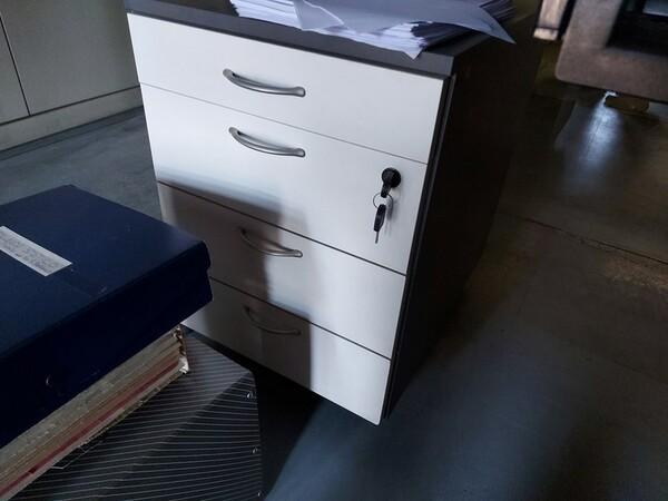 10#5611 Arredi e attrezzature elettroniche da ufficio in vendita - foto 41