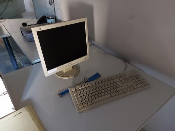 10#5611 Arredi e attrezzature elettroniche da ufficio in vendita - foto 44