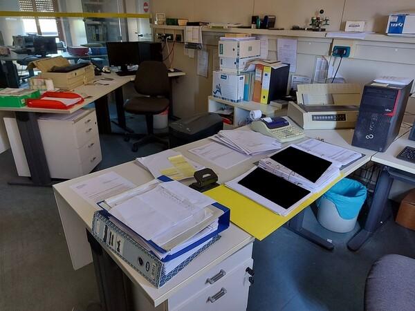 10#5611 Arredi e attrezzature elettroniche da ufficio in vendita - foto 51