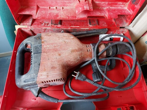 11#5611 Perforatori e demolitori Hilti in vendita - foto 15