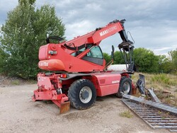 Telescopic handlerManitou - Lot 12 (Auction 5611)