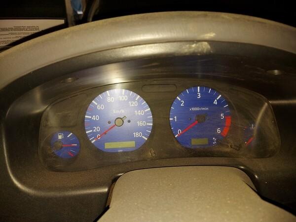 5#5611 Autocarro Nissan King Cab in vendita - foto 5