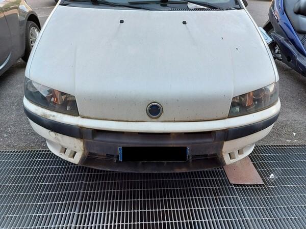 6#5611 Autovettura Fiat Punto El in vendita - foto 3