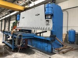 Romec press brake - Lote 6 (Subasta 5617)