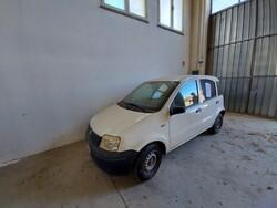 Automobile Fiat Panda