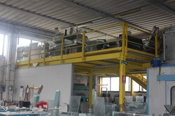 Mezzanine in metal - Lote 29 (Subasta 5644)