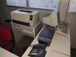 Arredi e attrezzature elettroniche ufficio