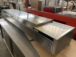 Refrigerated counters with pizza maker trays - Lot 2 (Auction 5653)