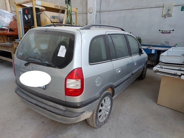 1#5665 Autovettura Opel Zafira in vendita - foto 3