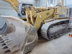 Caterpillar track loader - Lot 10 (Auction 5665)