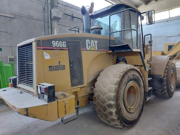 14#5665 Pala gommata Caterpillar 966G in vendita - foto 1