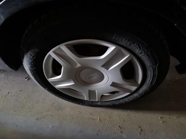 3#5668 Autovettura Ford Fiesta in vendita - foto 8