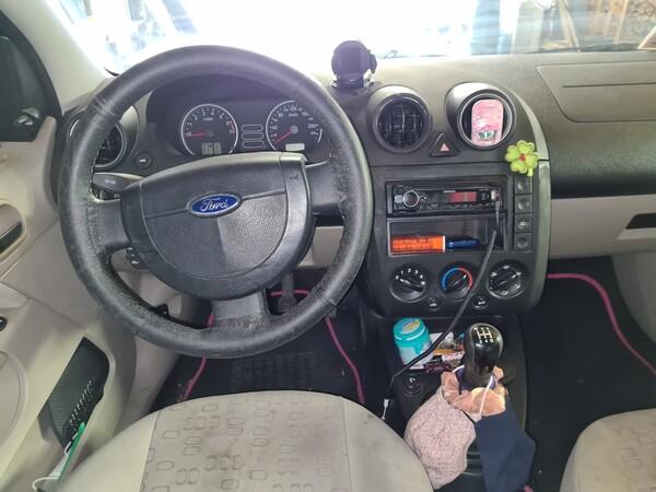 3#5668 Autovettura Ford Fiesta in vendita - foto 9