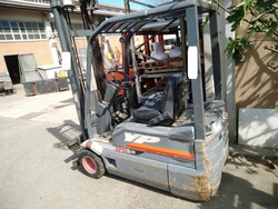 OM forklift - Lot 240 (Auction 5682)