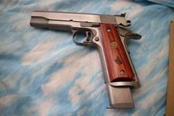 Pistola semiautomatica Colt e carabina Jager - Lotto 0 (Asta 5683)