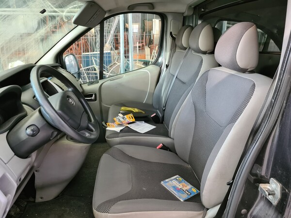 1#5688 Furgone Opel Vivaro in vendita - foto 14