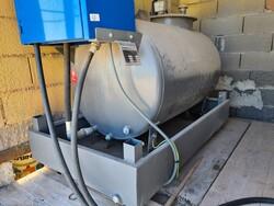 Righetto diesel oil tank and Tonello saw - Lote 7 (Subasta 5695)