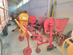 Orlandi STM   2 hose spreaders - Lot 14 (Auction 5701)
