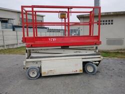 Holland Lift electric platform - Lot 7 (Auction 5701)