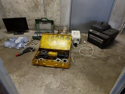 Construction and electronic equipment - Lot 1 (Auction 5705)