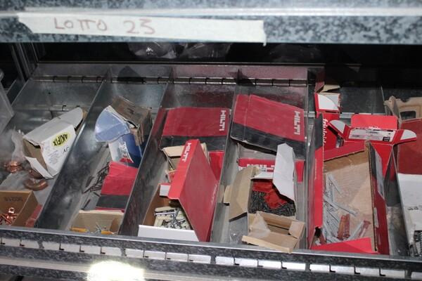 18#5709 Materiale elettrico e piccola ferramenta in vendita - foto 17