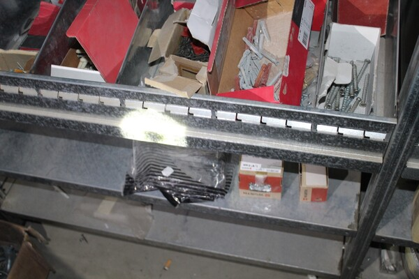 18#5709 Materiale elettrico e piccola ferramenta in vendita - foto 18