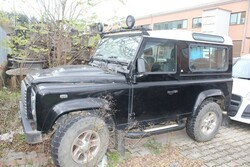 Autovettura Land Rover Defender