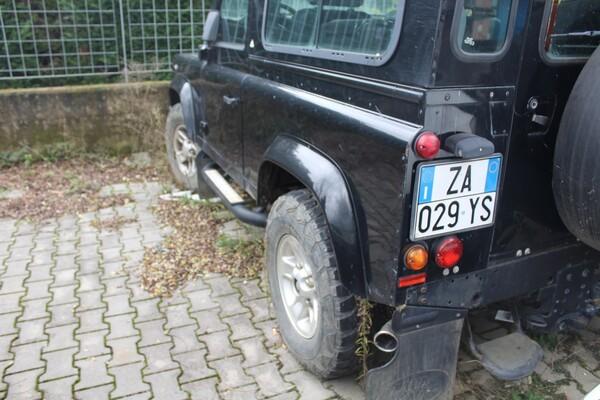 33#5709 Autovettura Land Rover Defender in vendita - foto 4