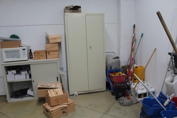 7#5709 Arredamento e attrezzatura da ufficio in vendita - foto 5