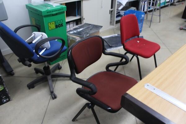 7#5709 Arredamento e attrezzatura da ufficio in vendita - foto 11