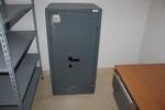 Cassaforte Conforti e attrezzatura da ufficio - Lotto 8 (Asta 5709)