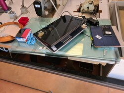 Electronic equipment and shelving - Lot 1 (Auction 5714)