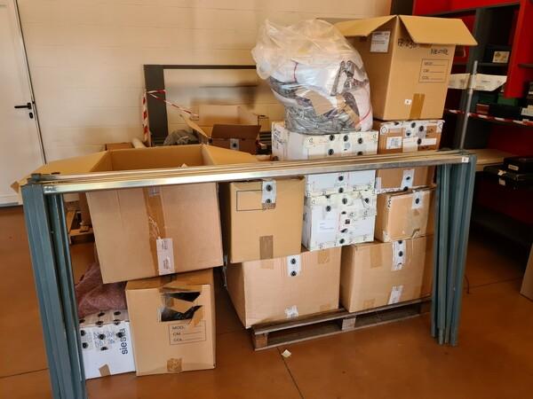 1#5714 Attrezzature elettroniche e scaffalature in vendita - foto 6
