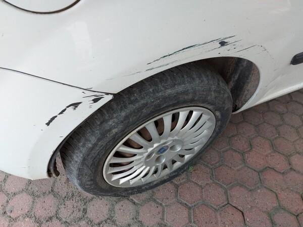 18#5715 Autovettura Fiat Punto in vendita - foto 5