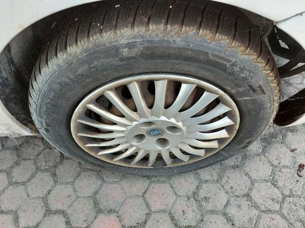 18#5715 Autovettura Fiat Punto in vendita - foto 6