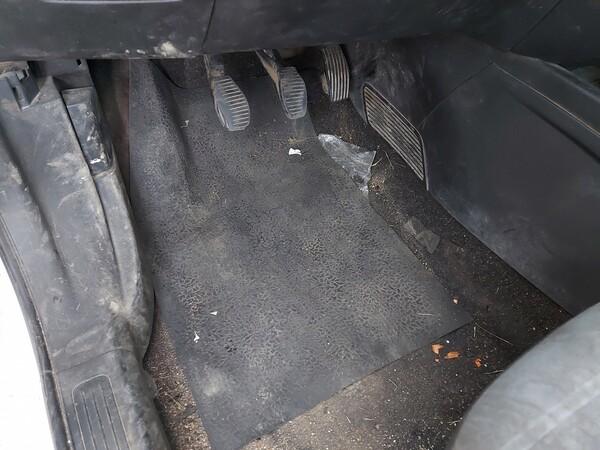 18#5715 Autovettura Fiat Punto in vendita - foto 11