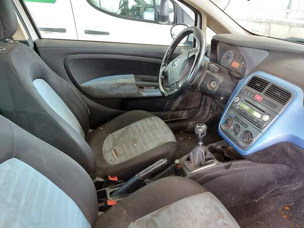 18#5715 Autovettura Fiat Punto in vendita - foto 12