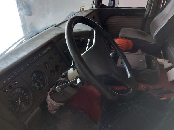 26#5715 Autocarro Iveco in vendita - foto 18