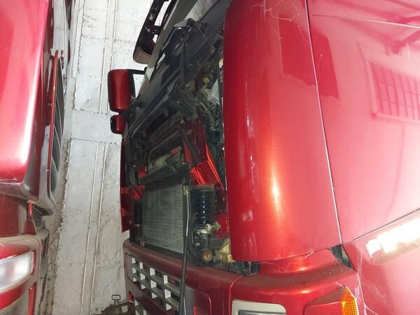 28#5715 Trattore stradale Volvo in vendita - foto 3