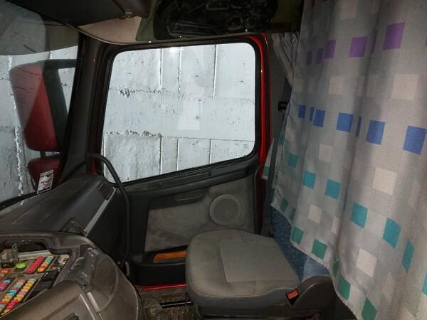 28#5715 Trattore stradale Volvo in vendita - foto 11
