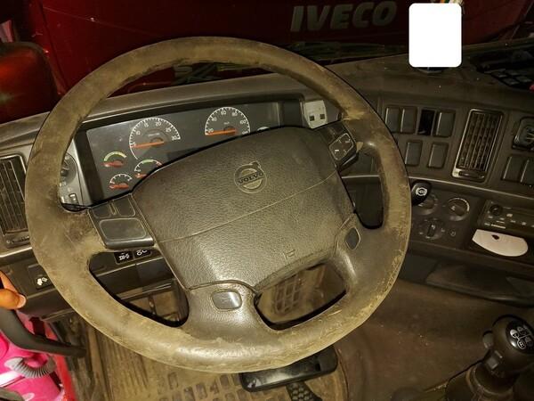 28#5715 Trattore stradale Volvo in vendita - foto 12