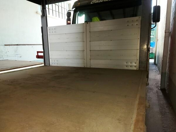 32#5715 Autocarro Iveco in vendita - foto 12