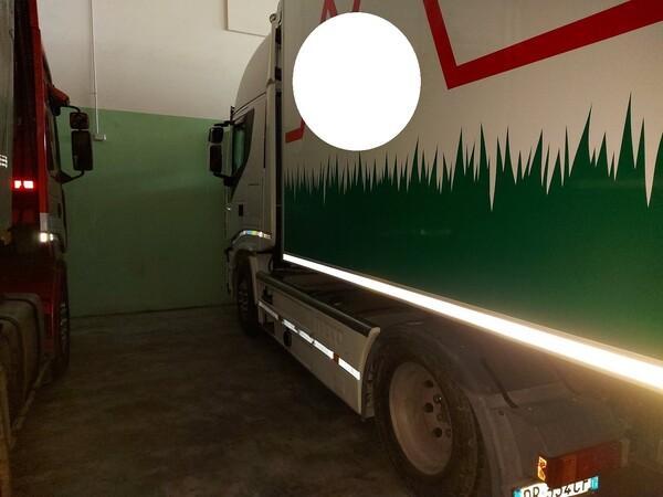 47#5715 Trattore stradale Iveco in vendita - foto 1