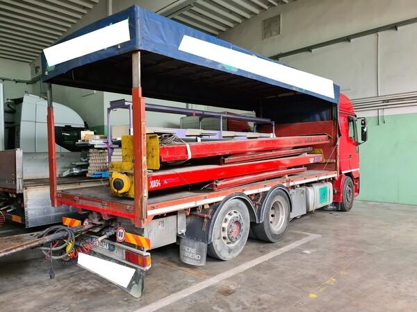 51#5715 Autocarro Iveco in vendita - foto 2