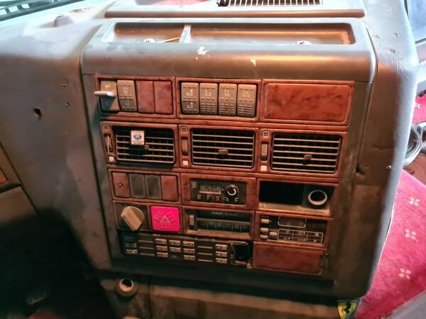 51#5715 Autocarro Iveco in vendita - foto 13