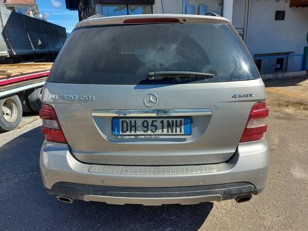 76#5715 Autovettura Mercedes in vendita - foto 4