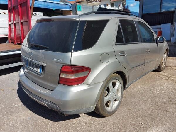 76#5715 Autovettura Mercedes in vendita - foto 5