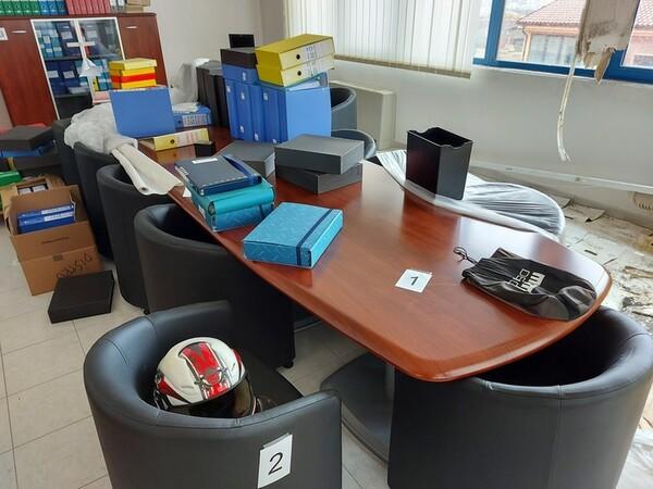 1#5719 Arredi per ufficio in vendita - foto 43