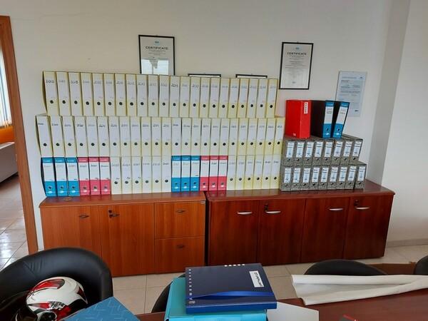 1#5719 Arredi per ufficio in vendita - foto 44